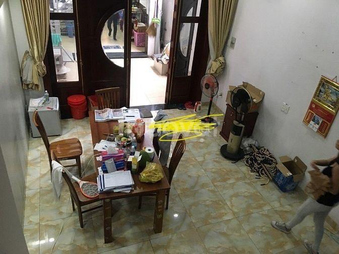 Bán nhà mặt tiền Trần Bình Trọng, Bình Thạnh