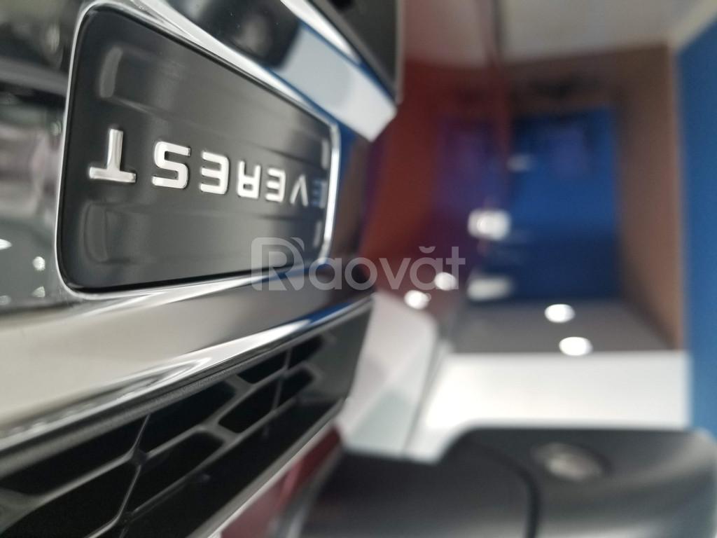Ford Everest Titanium 4x2 2020 đủ màu giao ngay