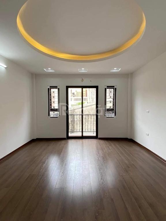 Bán nhà đẹp 36m2*5T, ngõ 50 Võng Thị thiết kế đẹp giá 3.7 tỷ.