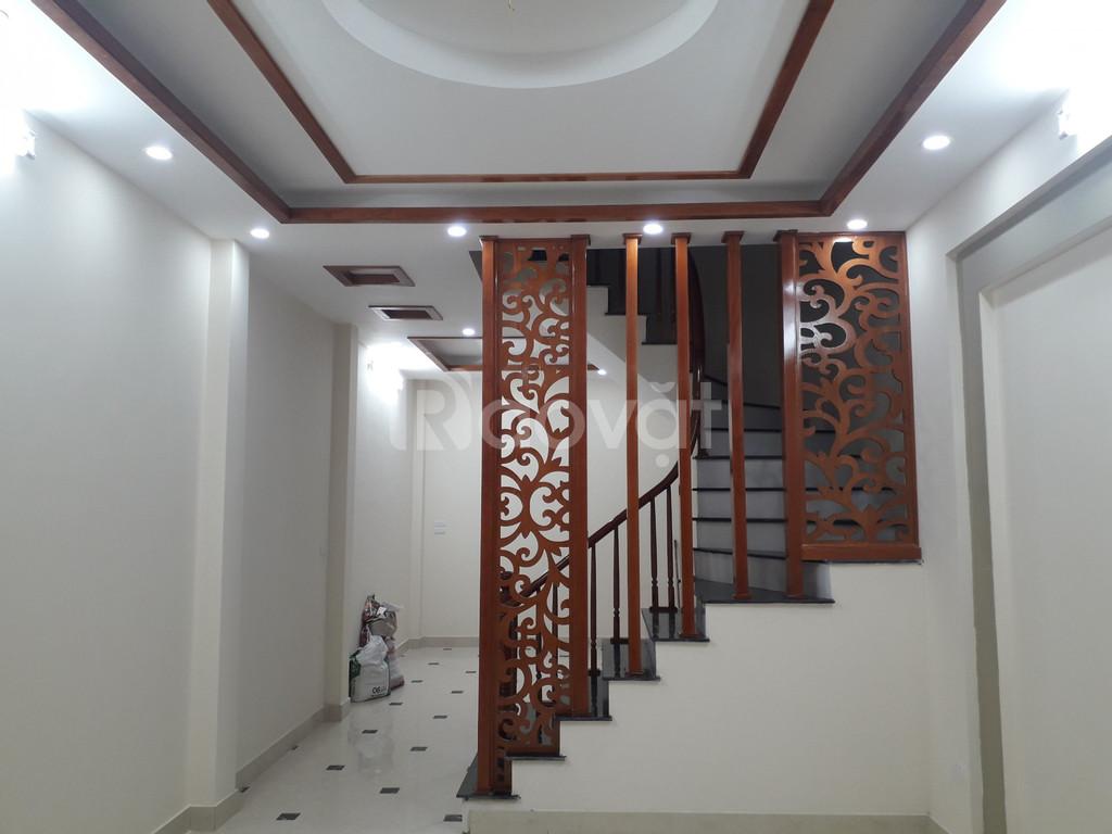 Bán nhà ngõ 23 Xuân La, xây mới 5 tầng với 2 mặt thoáng, DT 45m2