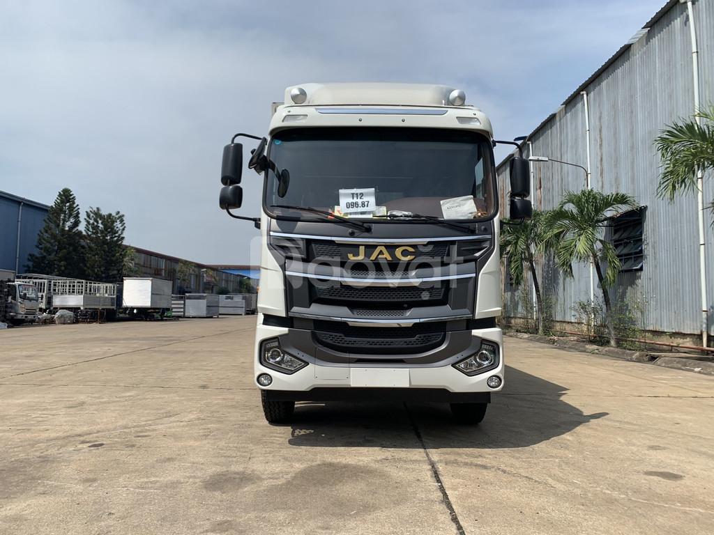 Giá xe tải jac 8 tấn thùng kín chở linh kiện điện tử, nhập khẩu 2020