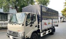 Hino XZU342L thùng bạt ra tải 3T5 và 5T, thùng 4m5, trả trước 20% nhận