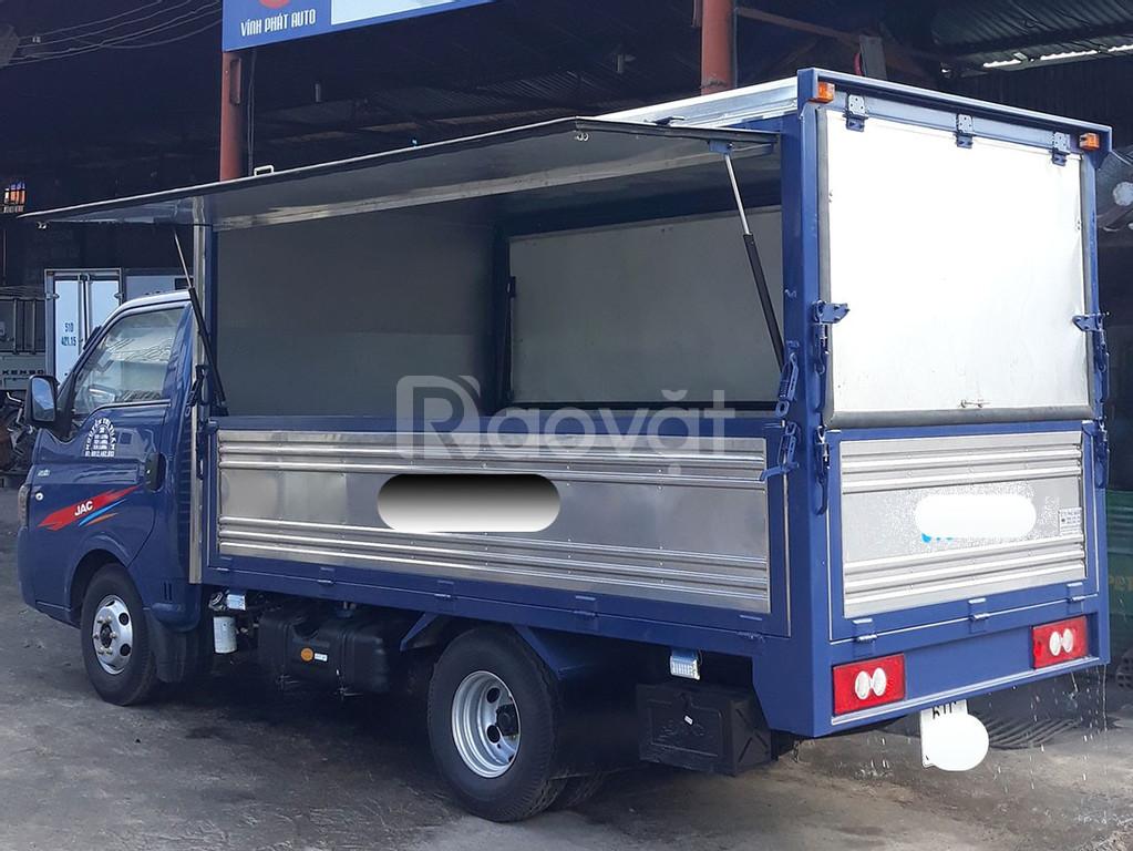 Xe tải Jac 1t45 thùng cánh dơi giá khuyến mãi tháng 9