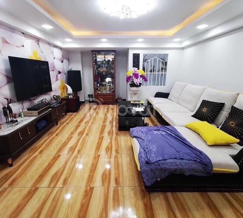 Bán nhà gần mặt tiền Lạc Long Quân, Tân Bình, 4x15m, 5 tầng