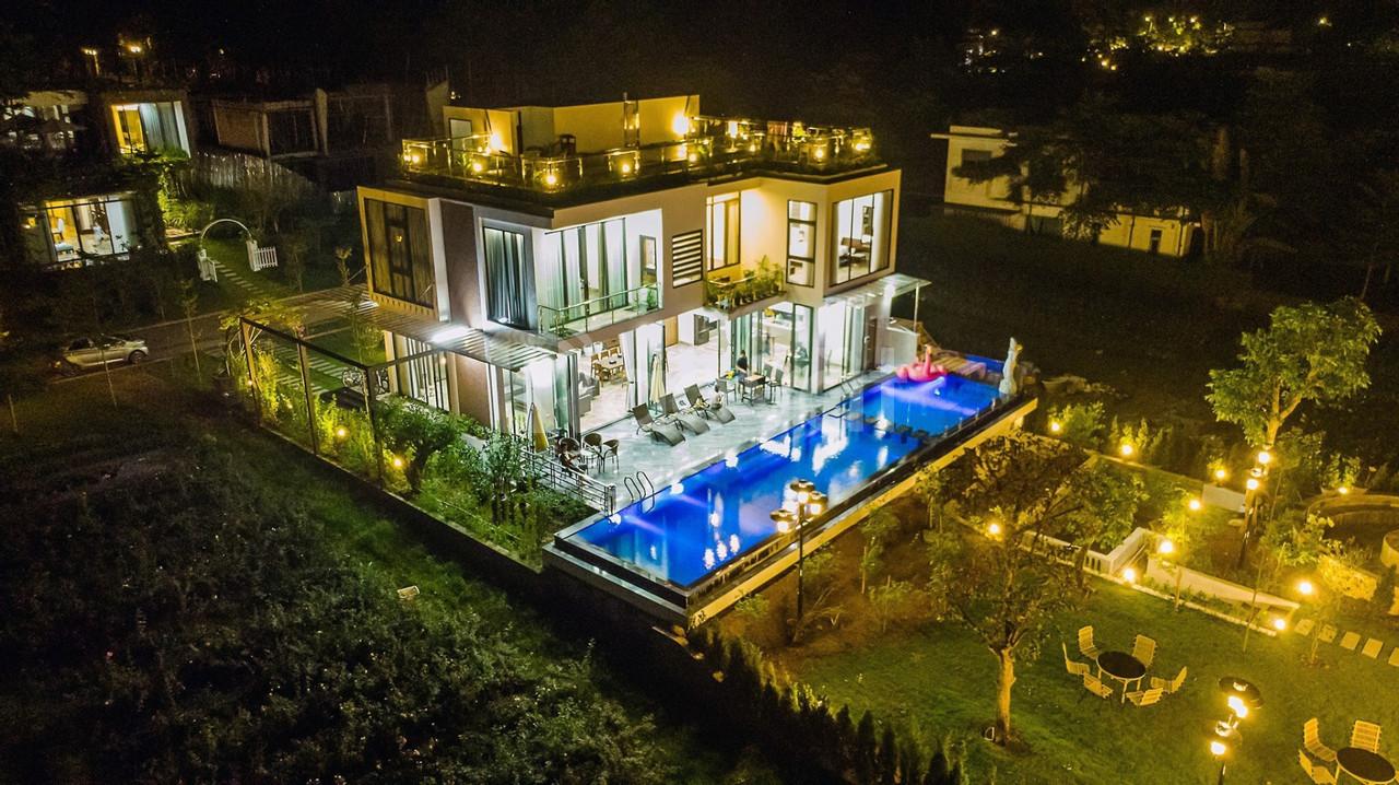 Chính chủ bán siêu biệt thự VIP 1200m2, 20m mặt hồ, Flamingo Đại Lải