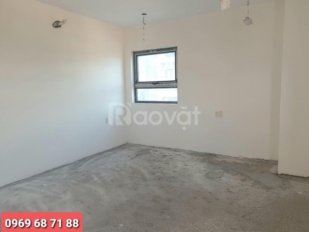 Bán căn hộ 3 phòng ngủ Trần Hưng Đạo giá rẻ