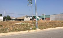 Cần bán lô đất nằm gần Bưu điện Chánh Phú Hòa