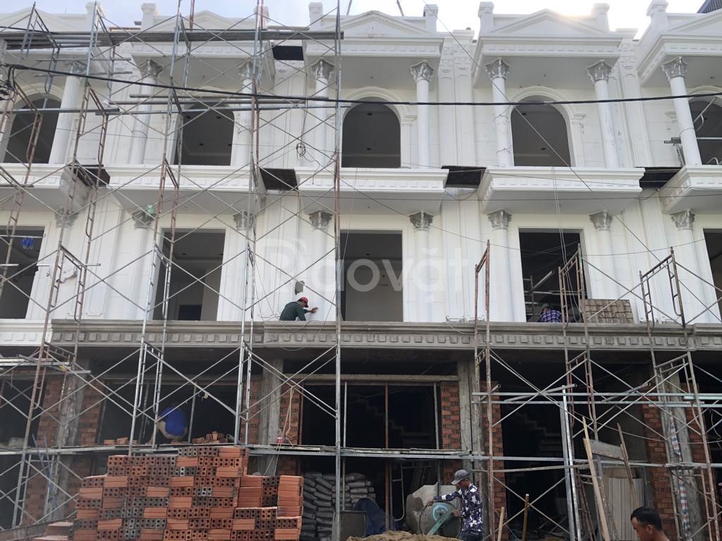 Nhà 4x17m quận 12 sổ hồng riêng 1 trệt 3 lầu ở Thạnh Lộc 29, quận 12.