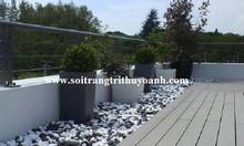 Trang trí sân vườn bằng sỏi trắng bóng