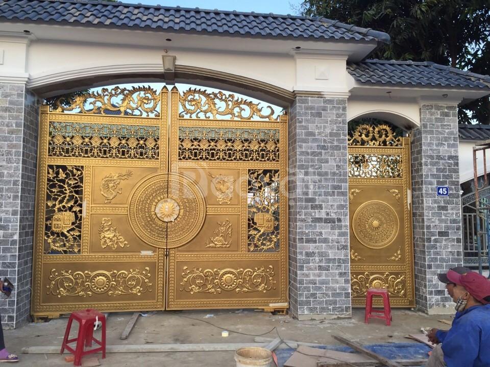 Cổng biệt thự cổng nhôm đúc Tứ Linh *VIP*Vũ Chấn Khang