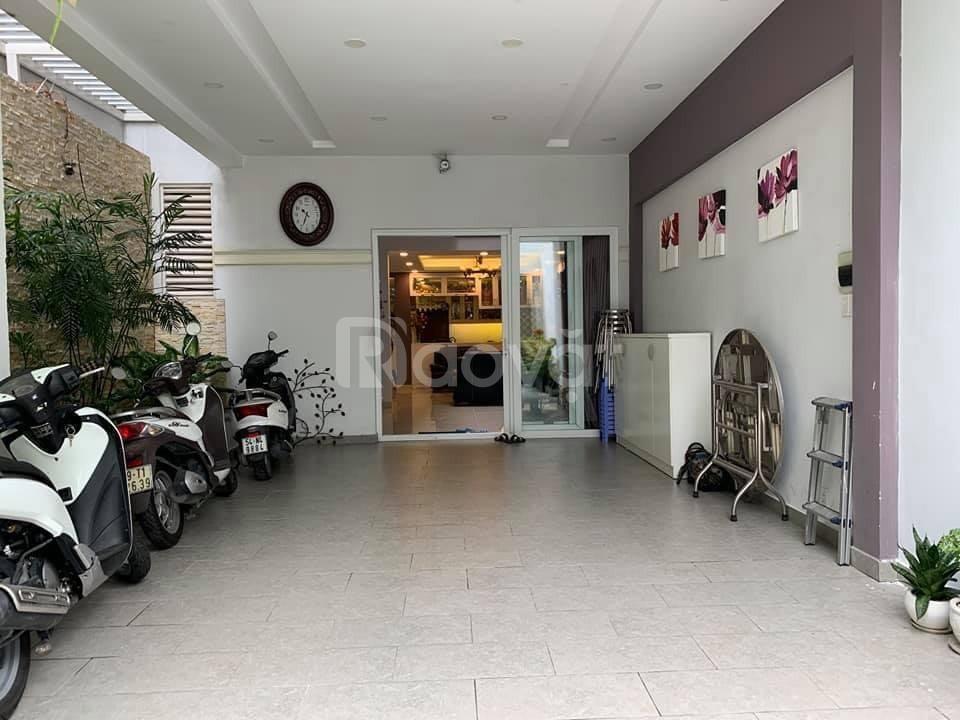 Quận 7 bán nhà mặt tiền 23 tỷ đường Nguyễn Thị Thập, Phường Tân Phong