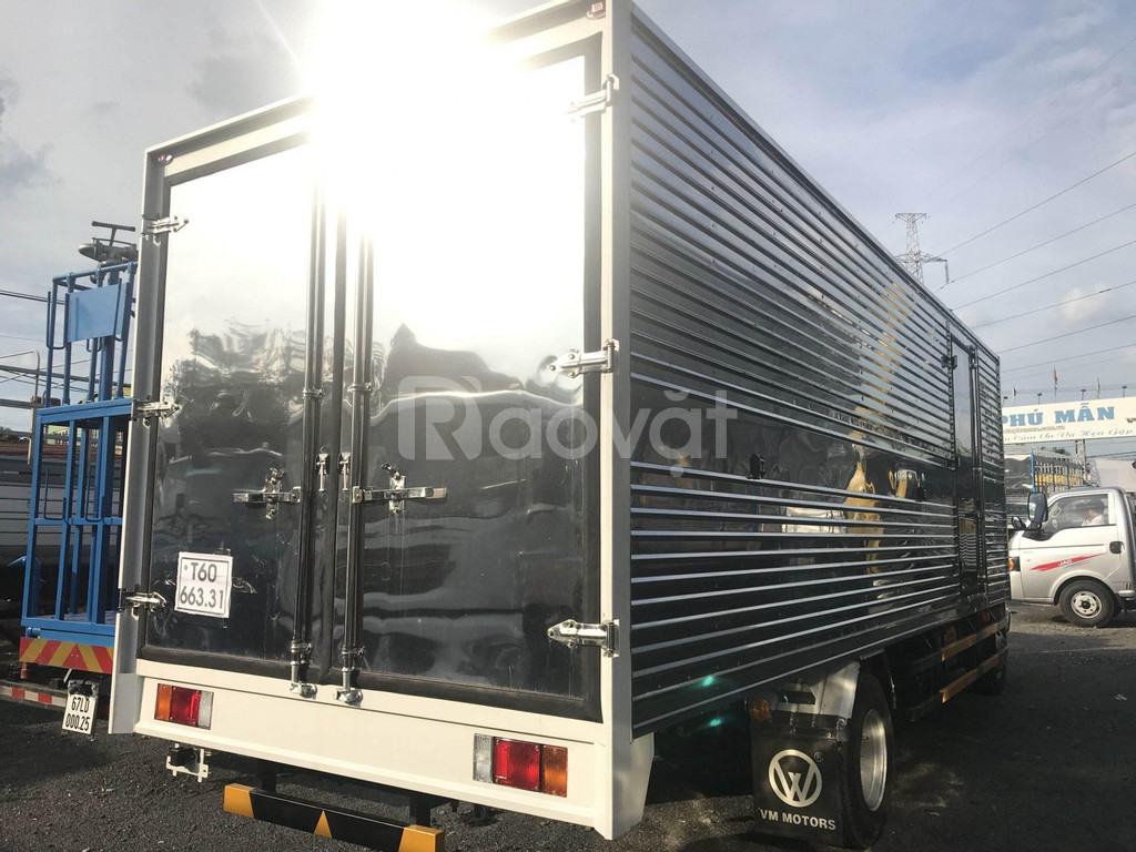 Xe tải Isuzu 1.9T thùng dài 6M2