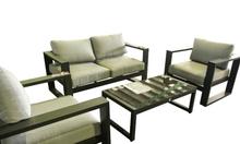 Mẫu sofa màu xám xanh với khung ghế dày dặn sang trọng