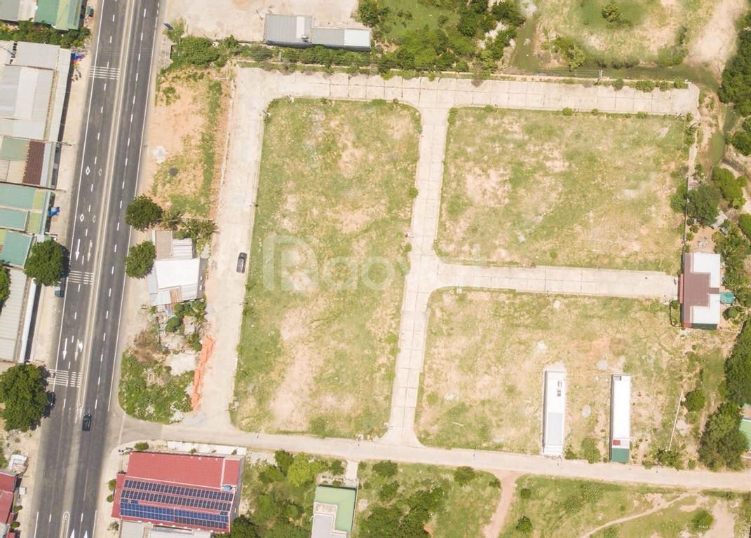 Ngân hàng thanh lí gấp 2 lô đất ngay mặt tiền quốc lộ 1A