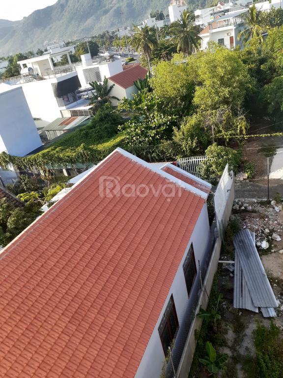 Bán đất ngay ngã 3 chợ Phước Đồng, Nha Trang