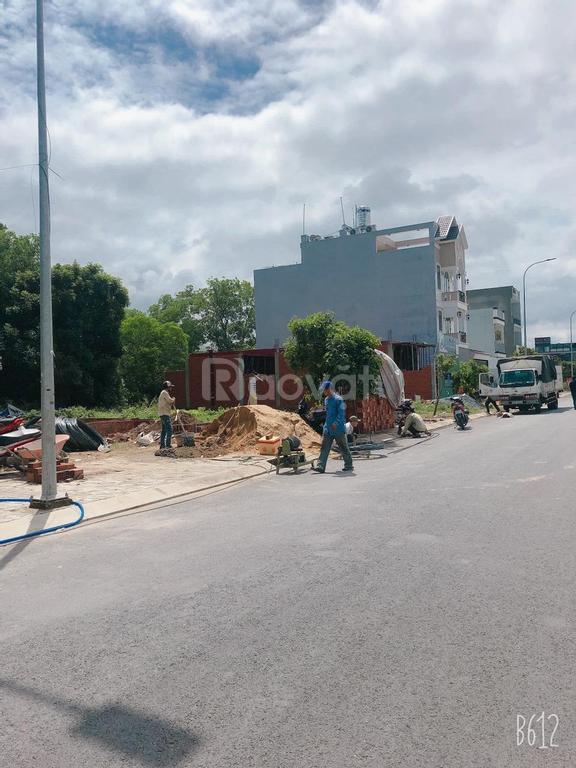 Bán gấp lô đất nền vị trí đắc địa ngay gần TT Aeon Mall Bình Tân, giá chỉ từ 30tr/m2, KDC sầm uất