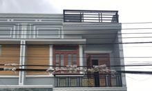 Nhà 1 trệt 2 lầu mặt tiền đường Hùng Vương