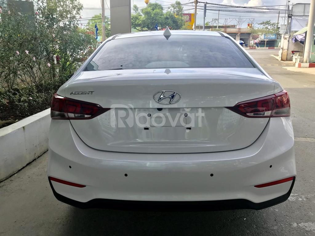 Bán Hyundai Accent 1.4AT sẵn xe giao