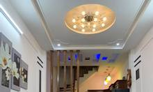Bán nhà Phố Giang Văn Minh, nhà đẹp, sát phố, chỉ dưới 2 tỷ