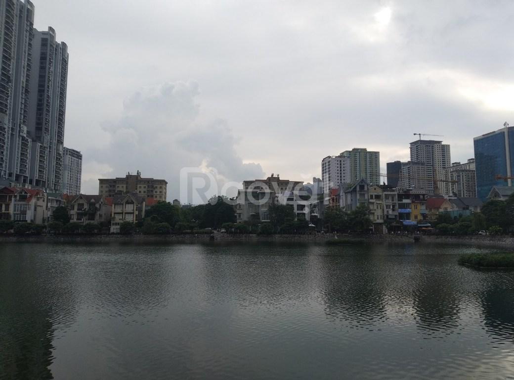 CC cho thuê biệt thự mặt hồ Văn Quán 2