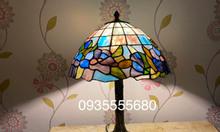 Giao lưu em đèn bàn hoạ tiết hoa lan tím