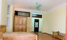Cho thuê nhà nguyên căn trong làng Ngọc Hà