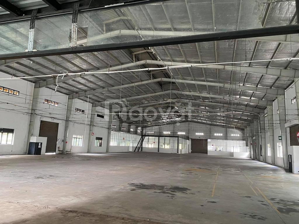 Cần cho thuê nhà xưởng 10.000m2 Tân Thới Nhất 17, Quận 12, giá rẻ