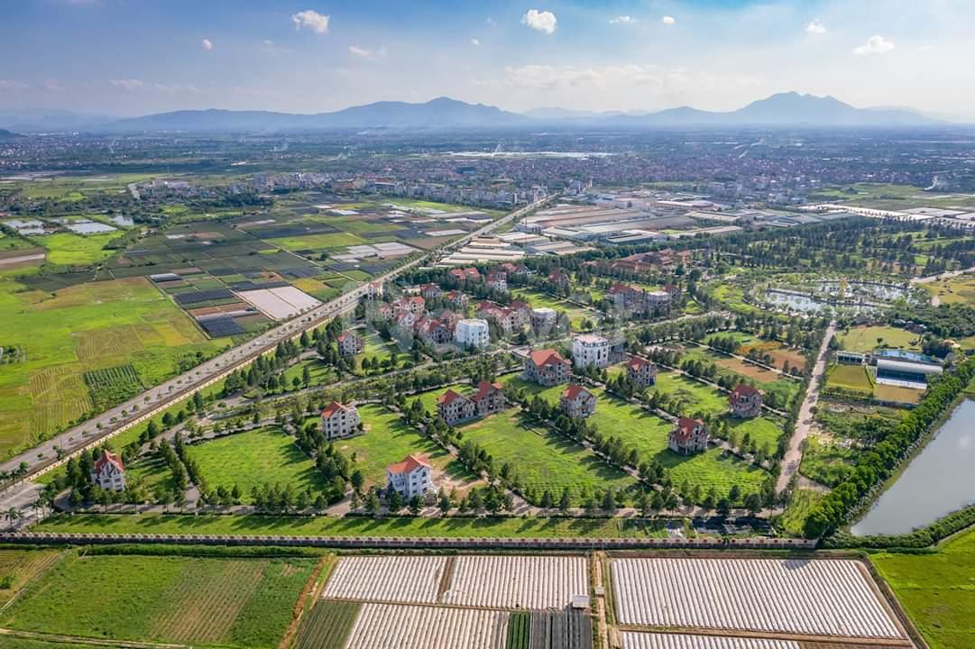 Tôi muốn chuyển nhượng lô đất 400m2, biệt thự sinh Thái Phùng