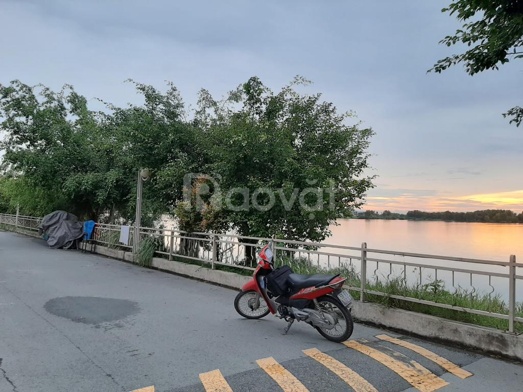 Lô đất vị trí view hồ sinh thái đẹp, diện tích biệt thự vườn 8x21