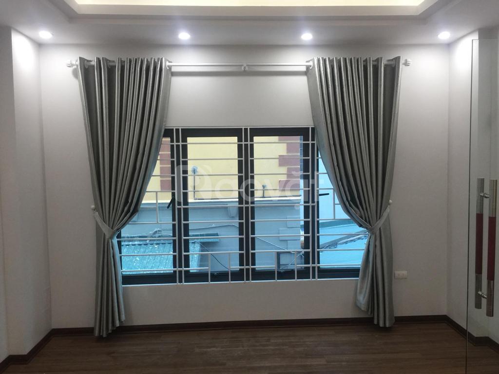 Bán nhà xây mới tại đường An Dương Vương, DT 35m2, xây 5 tầng