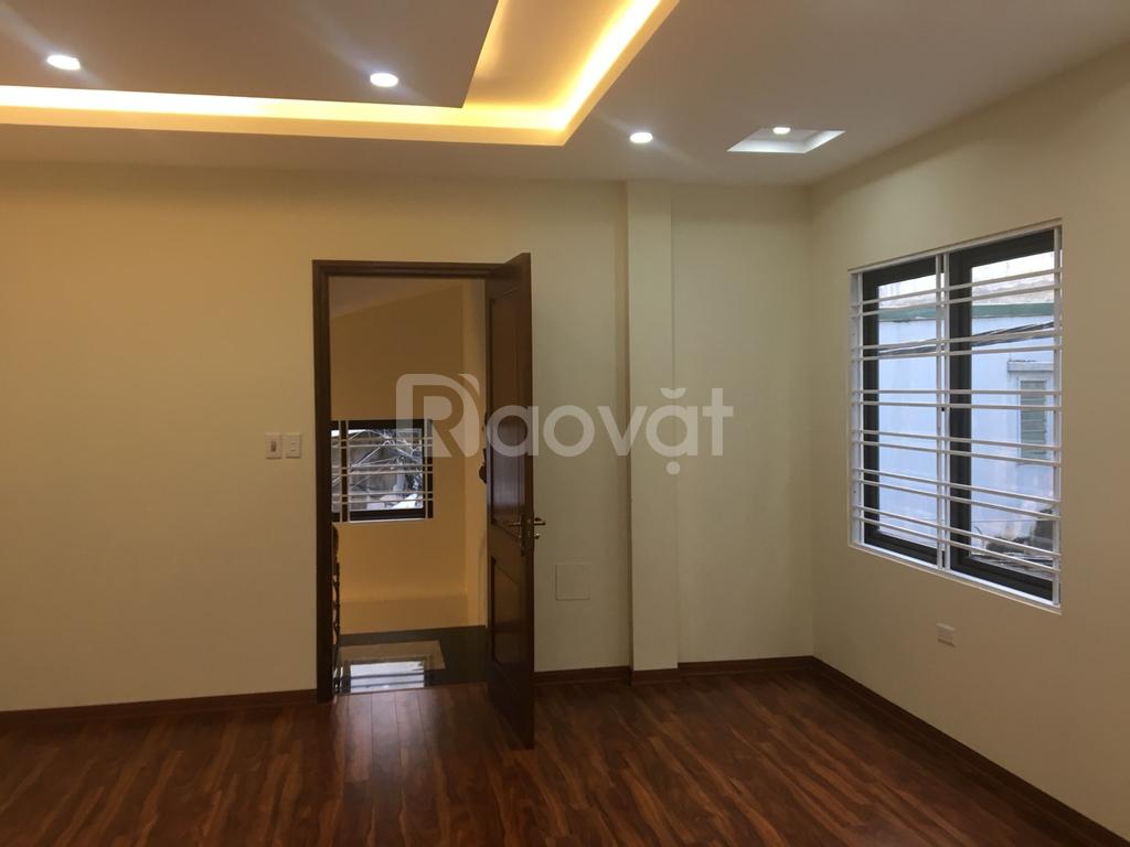 Bán nhà xây mới phường Phú Thượng, 2 mặt thoáng, 5 tầng, 35m2