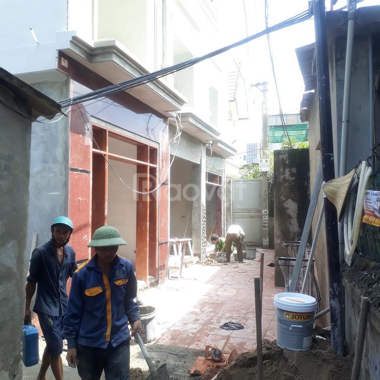 Bán nhà tại Hoa Lâm Việt Hưng, 32m2, xây mới 5 tầng