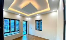 Bán biệt thự mặt phố Nguyễn  Đình Thi, 175m2, MT 9m