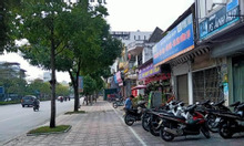 Nhà mặt phố Lạc Long Quân, view hồ