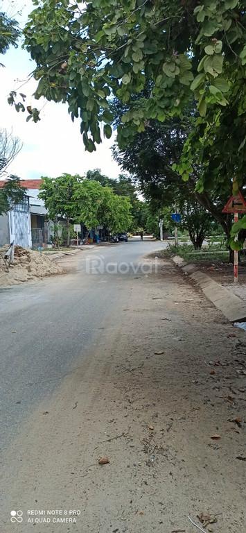 Bán nhanh lô đất có sổ 100m2, gần chợ đầu mối Quảng Ngãi
