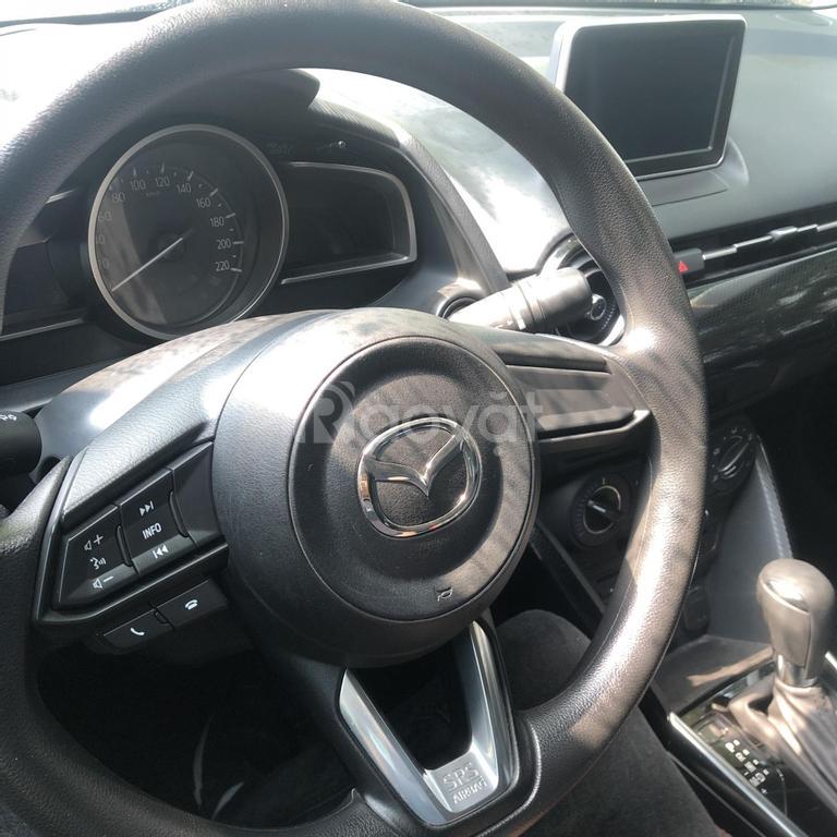 Mazda 2 Sedan 1.5AT 2019 đỏ, đi 26000km