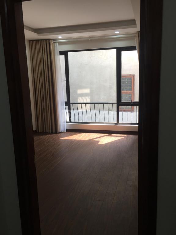 Bán nhà riêng tại Xuân Đỉnh, xây mới 5 tầng với DT 39m2, cách ôtô 10m