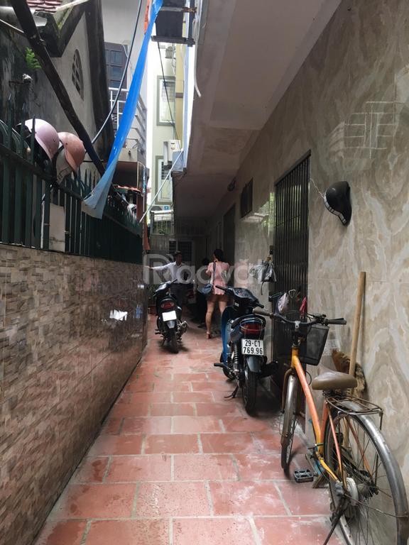 Chính chủ bán gấp nhà ngõ 408 Trần Cung, DT 52m2