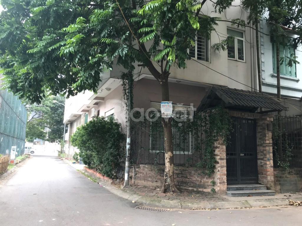 Cho thuê tầng 1 tại KĐT Dịch Vọng, giá tốt ở Cầu Giấy, HN