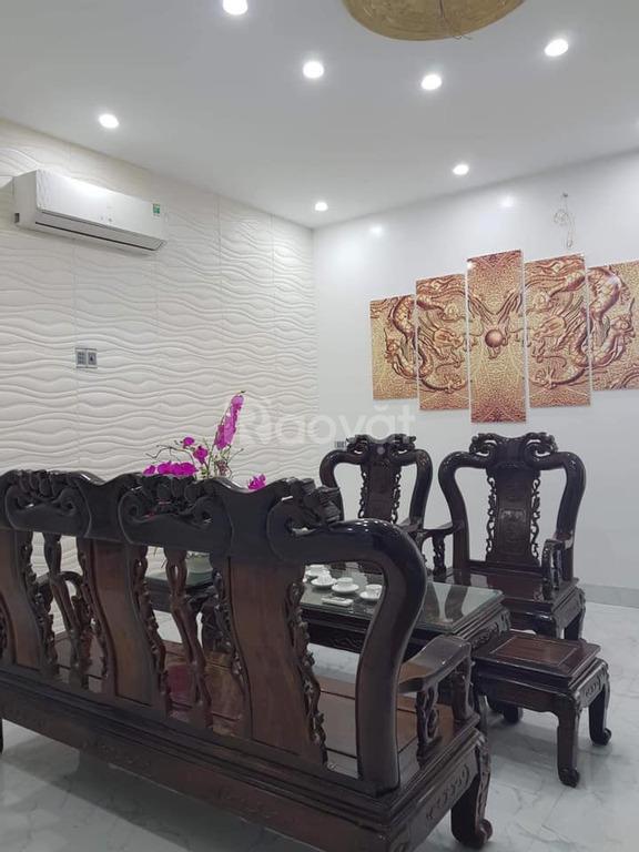 Cần bán hoặc cho thuê lâu dài nhà Võ Nguyên Giáp, phường Đông Vệ