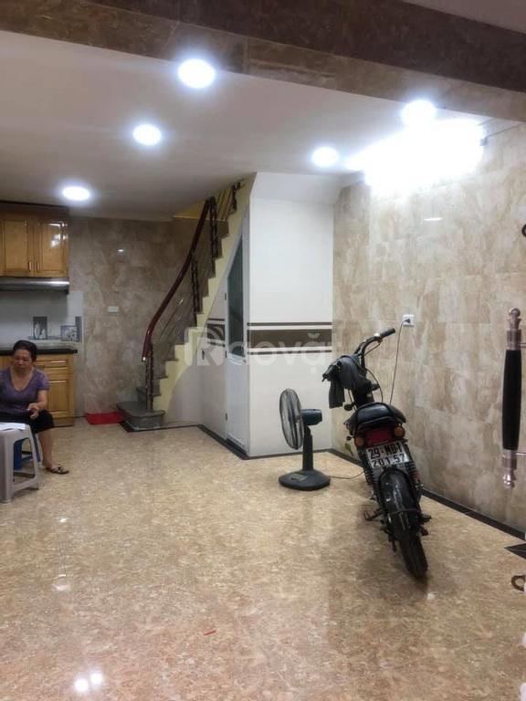 Bán nhà Đào Tấn, MT 4m, ngõ kinh doanh