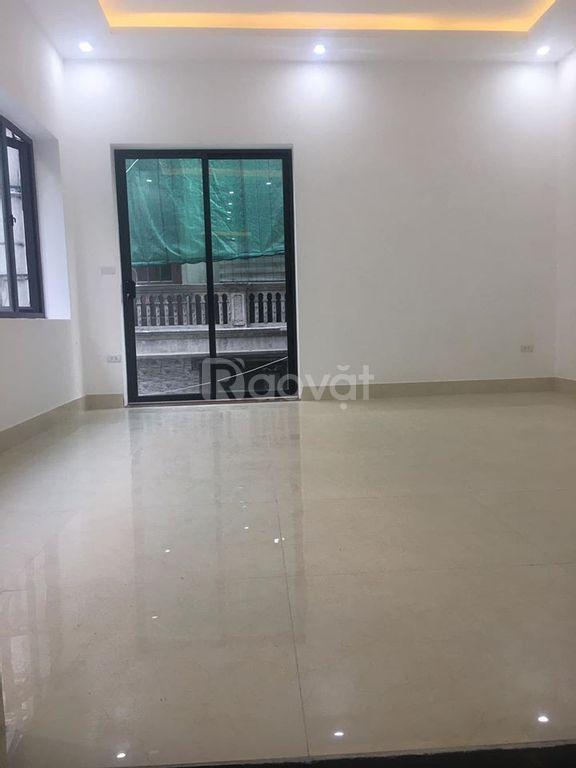 Bán nhà Hoàng Văn Thái, 55m2 x 6T, gara, kinh doanh