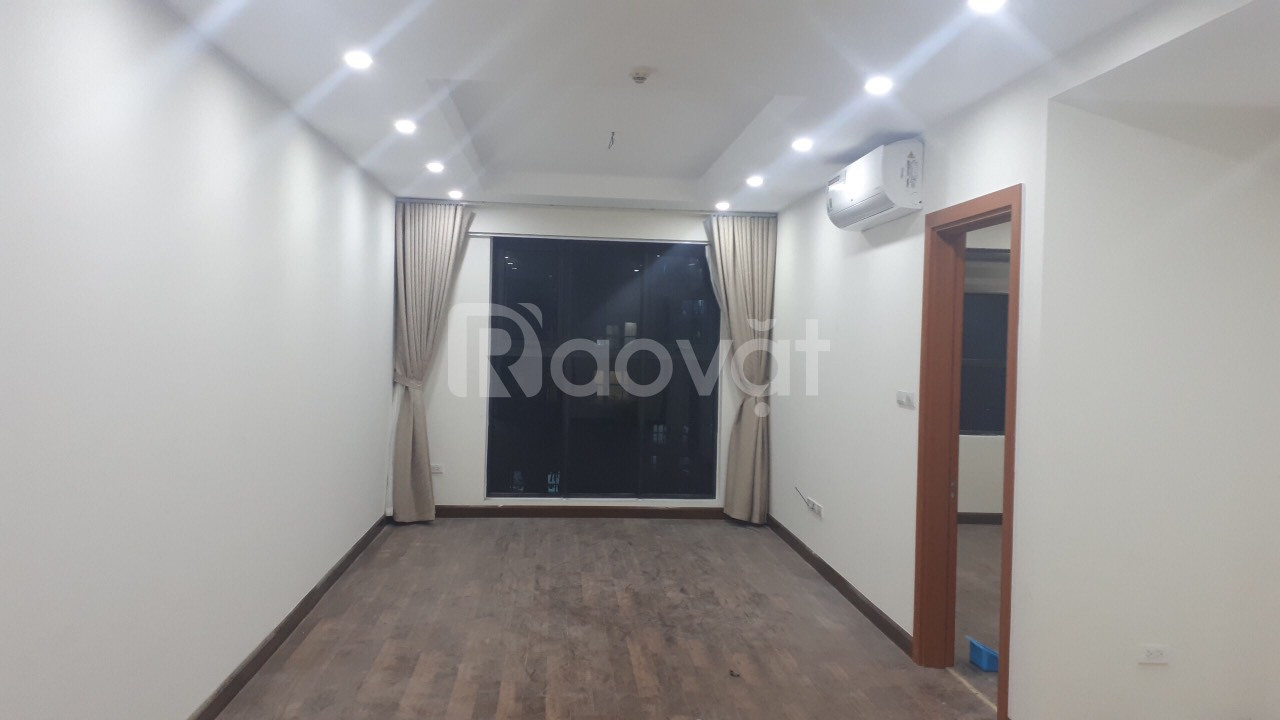 Căn hộ 2 phòng ngủ chung cư Goldmark City nội thất cơ bản