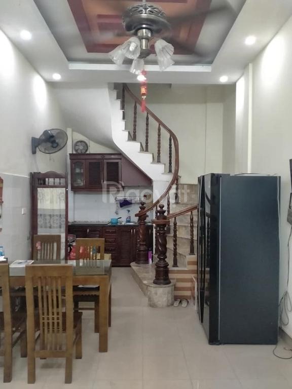 Bán nhà Kim Mã, 30m2, 5 tầng, MT 3.8m