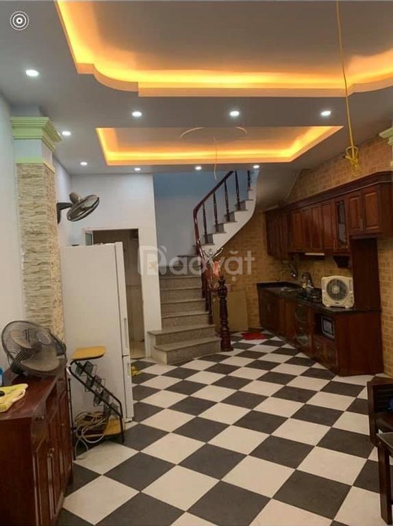 Bán nhà phố Kim Mã, 3 tầng, 35m2