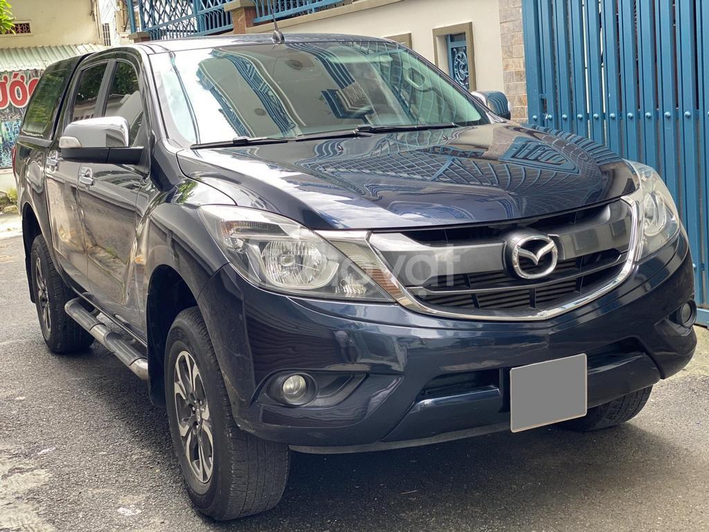 Cần bán xe Mazda BT50, 2017, số tự động, máy dầu, một cầu, màu xanh đen cực mới