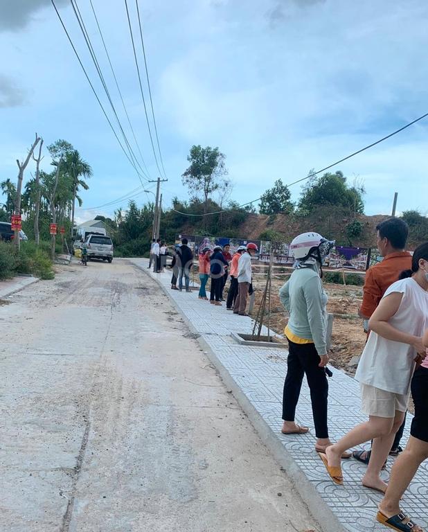 Cần bán 2 lô liền đất giáp Đà Nẵng, 286m2