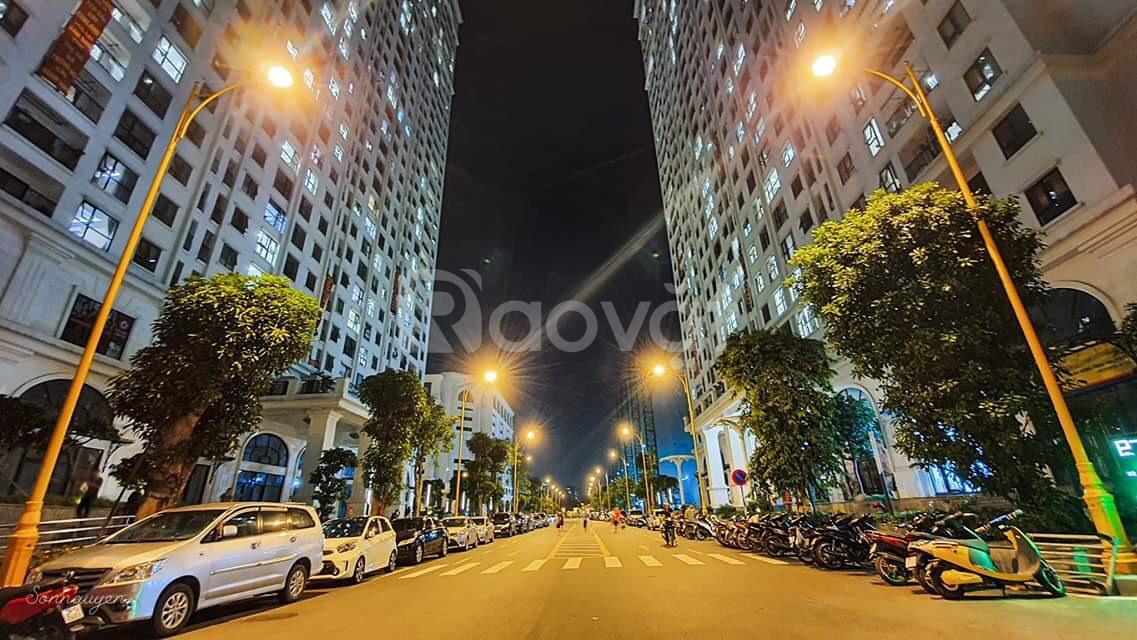 Chung cư Hoàng Mai, ở ngay, cách đại học Bách Khoa 2km, căn 3 PN