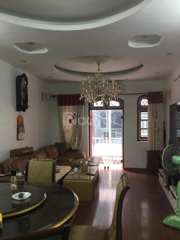 Nhà mặt phố Ngọc Hồi, Thanh Trì 95m, 5 tầng, vỉa hè kinh doanh ôtô