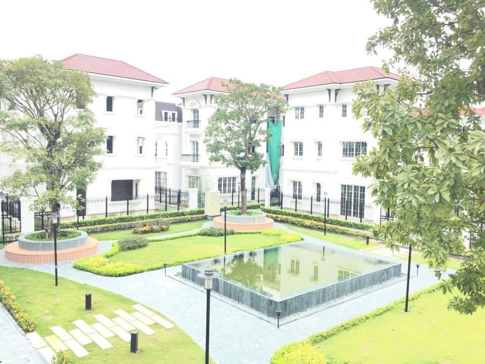 Bán biệt thự Embassy Garden 259m lô góc đông Nam